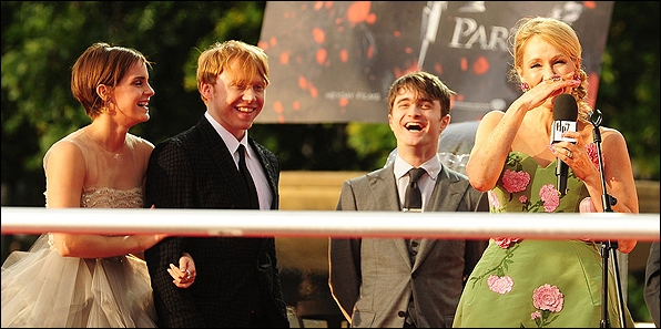 J+K+Rowling+UK+Premiere+Harry+Potter+Deathly+xnL8ulQlY_Dx