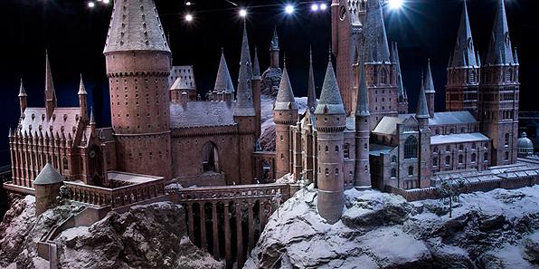 Natale al Tour di Harry Potter a Londra: torna Hogwarts sotto la neve!